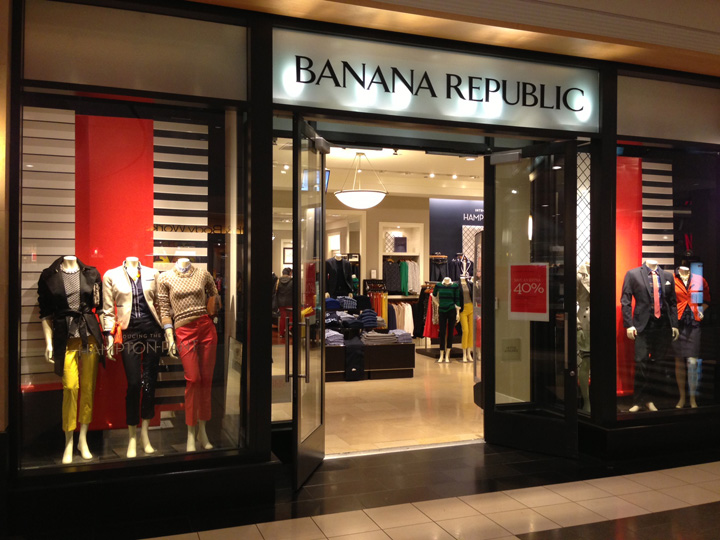 Banana Republic leaves the UK market: what other high street fashion brands can learn about brand positioning